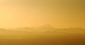 Vista de las montañas que rodean Phoenix, Arizona Imagen de archivo libre de regalías