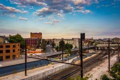 Vista de las pistas de ferrocarril en Baltimore, Maryland Foto de archivo
