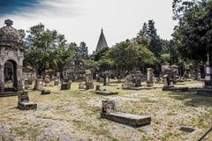 Vista de las tumbas en el cementerio de Belén en Guadalajara imagen de archivo