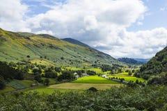 Vista de Legburthwaite de Wren Crag foto de archivo