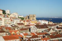 Vista de Lisboa de una altura Imagen de archivo
