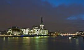 Vista de Londres en noche. Imagen de archivo libre de regalías