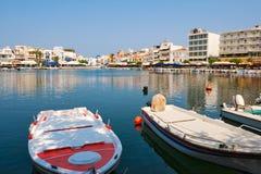 Vista de los agios Nicolás. Crete, Grecia fotografía de archivo