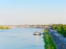 Vista de los bulevares del Vístula en Varsovia y de la vida en la ciudad Fotografía de archivo libre de regalías