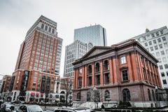 Vista de los edificios del negocio de Berkeley Street en invierno Foto de archivo