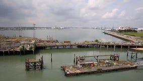Vista de los muelles de Southampton metrajes