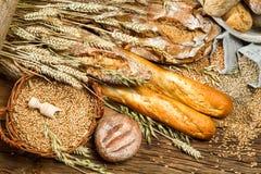 Vista de los productos en panadería Imagen de archivo libre de regalías