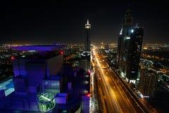 Vista de los rascacielos de Sheikh Zayed Road en Dubai, UAE Foto de archivo libre de regalías
