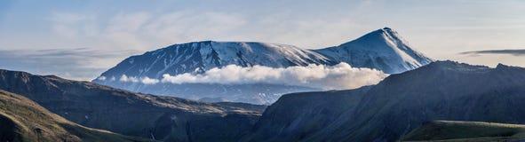 Vista de los volcanes fotos de archivo libres de regalías