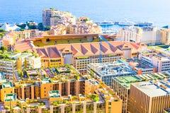 Vista de Mónaco y del estadio Louis-Ii Imagenes de archivo