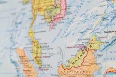 Vista de Malásia no mapa do mundo Mapa do russo foto de stock royalty free