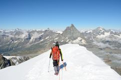 Vista de Matterhorn da cimeira de Breithorn, Zermatt, Suíça Fotos de Stock Royalty Free