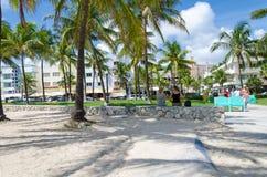 Vista de Miami Beach con las palmeras Foto de archivo libre de regalías