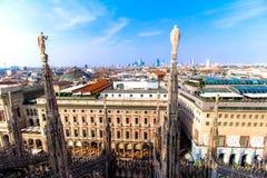 Vista de Milán el Duomo Imágenes de archivo libres de regalías