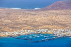 Vista de Mirador del Rio à ilha do La Graciosa, Lanzarote Fotos de Stock
