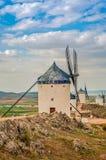 Vista de molinoes de viento en Consuegra, España Fotografía de archivo