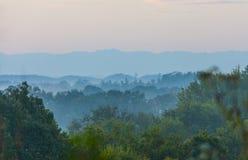 Vista de montanhas fumarentos de sete ilhas Fotos de Stock