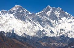 Vista de Monte Everest, cara da rocha de Nuptse, Lhotse Fotos de Stock Royalty Free