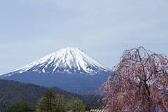Vista de Mt Años Nuevos japoneses de diseño de tarjeta Fotografía de archivo