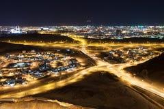 Vista de Muscat na noite Fotos de Stock