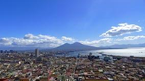 Vista de Nápoles, Italia imagen de archivo libre de regalías