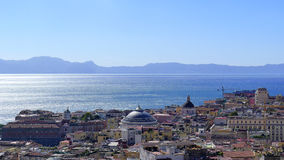 Vista de Nápoles, Italia fotografía de archivo