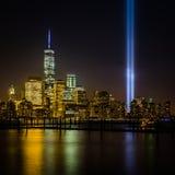 Vista de New York City de New Jersey - paisaje urbano incluyendo Freedom Tower Imagen de archivo libre de regalías