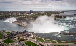Vista de Niagara Falls imagenes de archivo