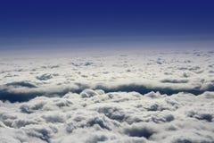 Vista de nubes del plano Imagenes de archivo