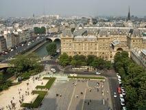 Vista de París del Notre-Dame de Paris Foto de archivo libre de regalías