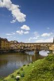 Vista de Ponte Vecchio e de River Arno Foto de Stock Royalty Free