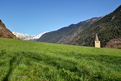Vista de pyrenees foto de stock
