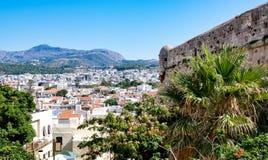 Vista de Rethymno, isla de Creta, Grecia imágenes de archivo libres de regalías