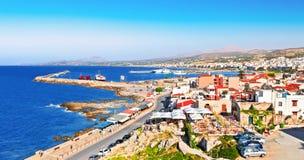 Vista de Rethymno Isla de Crete Grecia imagenes de archivo
