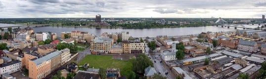 Vista de Riga da altura do voo do pássaro Foto de Stock Royalty Free