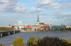 Vista de Riga, Letonia Fotos de archivo libres de regalías