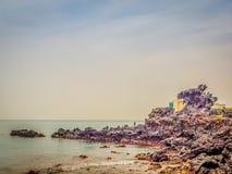 Vista de rocas cerca la atracción turística famosa en Jeju Islan Fotografía de archivo