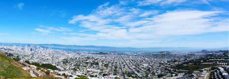 Vista de San Francisco dos picos gêmeos imagem de stock royalty free
