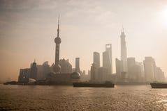 Vista de Shanghai da barreira que Sightseeing fotos de stock royalty free