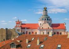 Vista de St Casimir Catholic Church na cidade velha de Vilnius lithuania fotografia de stock royalty free