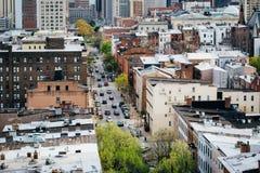 Vista de St Paul Street, em Mount Vernon, Baltimore, Maryland Imagens de Stock