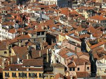 Vista de telhados de Veneza de cima de Fotos de Stock