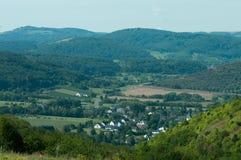 Vista de um vale em Alemanha imagens de stock