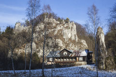 Vista de uma construção de madeira em Ojcow Foto de Stock
