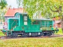 Vista de uma locomotiva diesel velha imagem de stock