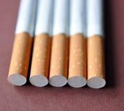 Vista de un cigarrillo imagen de archivo libre de regalías