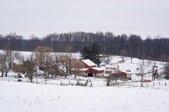 Vista de una granja nevada cerca de la nueva libertad, Pennsylvania Fotos de archivo libres de regalías