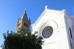Vista de una iglesia pintoresca en Portugal Fotos de archivo