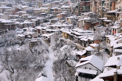 Vista de Veliko Tarnovo no inverno Imagens de Stock Royalty Free