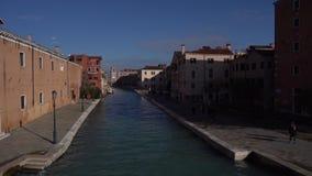 Vista de Venecia desde el puente, moscas de pájaro metrajes